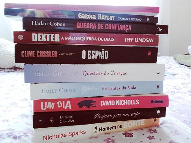 Um monte de lindos livros